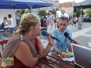Karneváli interjú a Nyugat Rádió pavilonjában